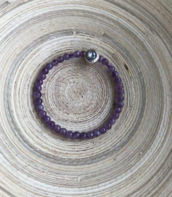 аметист-полускъпоценен камък